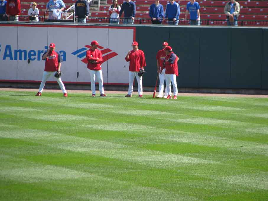 bp-pitchers hang out.jpg